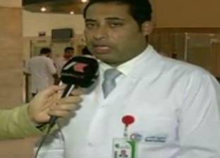 معهد ناصر يستضيف خبيرا أجنبيا في جراحة القلب المفتوح