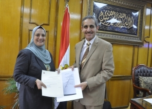 داليا منصور عميدا لطب بيطري بجامعة قناة السويس