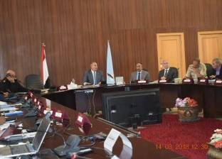 محافظ بورسعيد يوجه بإرسال سيارات إسعاف لنقل المرضى للجان الانتخابات