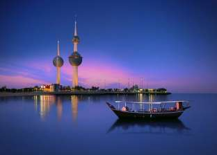 بورصة الكويت تغلق تعاملاتها على ارتفاع في مؤشراتها الرئيسية الثلاثة