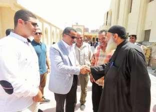 بالصور| مدير أمن الإسماعيلية يطمئن على الحالة الأمنية بالكنائس