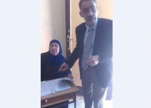 نقيب الصحفيين يدلي بصوته في الاستفتاء على التعديلات الدستورية