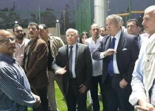 خالد عبد العزيز يتفقد المدينة الرياضية بحي الضواحي في بورسعيد