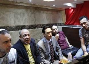 """مصدر: مواطنون يعتدون على معد برنامج """"الصدمة"""" خلال تصوير بروفات"""