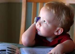 علماء: الأجهزة الذكية تساعد الأطفال على تنمية فكرهم