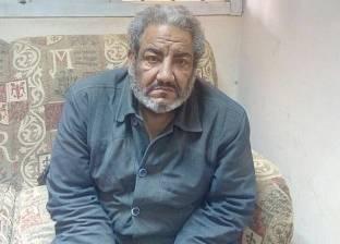 """""""التدخل السريع"""" ينقل مشردا لدار رعاية بعد 25 عاما على رصيف محطة مصر"""