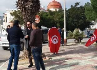 """تونسيون يحتجون أمام منزل """"المرزوقي"""" بعد تصريحاته لـ""""الجزيرة"""""""