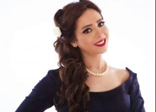 """خلود نادر تُقدم """"ميعادنا من 4 لـ6"""" على """"نغم FM"""""""