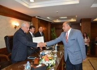 راشد يعلن اختيار رئيس حي العمرانية كأفضل أداء في محافظة الجيزة