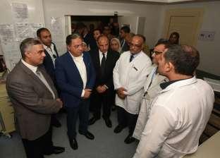 محافظ الإسكندرية: وزير الصحة يهتم بتطوير المنظومة الطبية بالمحافظة