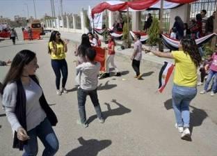 """خبير اجتماعي عن """"الرقص أمام اللجان"""": """"كيد نسا.. وتحد للإخوان"""""""