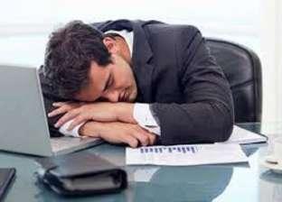 دراسة: النوم أثناء النهار يخفض ضغط الدم ويقي النوبات القلبية