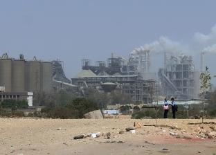 قطاع الأعمال.. «التعويم» أسقط القومية للأسمنت.. وضاعف أرباح مصر للألومنيوم 12 مرة