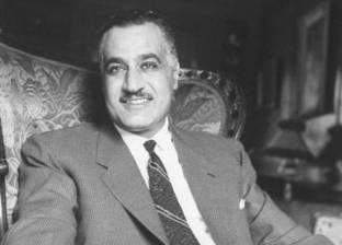 """شخصيات عامة في زيارة لضريح """"عبدالناصر"""".. ونجله: ثورة يوليو مستمرة"""