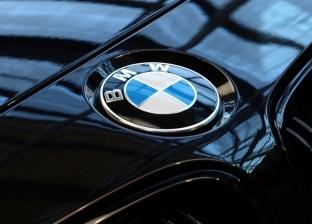 BMW تعرض كيفية رؤية عداد المسافات أثناء القيادة في نظام التشغيل 7