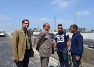 بالصور| رئيس مدينة بلطيم يتفقد أعمال كوبري الشيخ مبارك بـ35 مليون