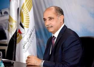 وزير الطيران ينهي أزمة رحلة حجاج المدينة المنورة ويأمر باستضافة الركاب