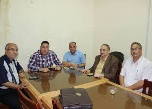 نقيب صيادلة مصر يبحث مشاكل نقابة الفيوم