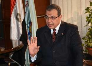 وزير القوى العاملة يتلقى تقريرا من المستشار العمالي بقطر عن أحوال المصريين