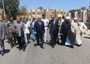 محافظ جنوب سيناء يسلم 72 وحدة سكنية بمدينة أبو زنيمة للمواطنين