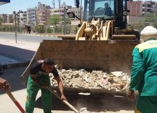 محافظ البحر الأحمر يصادر السيارات المخالفة وحملات نظافة بشوارع الغردقة