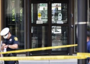 بالفيديو| على طريقة هوليوود.. مقتل مسلح اقتحم أحد البنوك