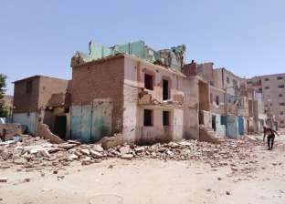 استكمال إزالة مباني مدينة العمال بالمنيا تمهيدا لبدء أعمال التطوير