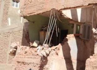 عاجل| انهيار عقار من ثلاثة طوابق بأسيوط