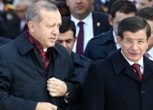 """محلل سياسي تركي لـ""""الوطن"""": أردوغان أقال أوغلو حتى ينفرد بالسلطة"""