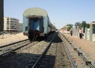 أهالى تل العيس يوقفون قطار مطروح- الإسكندرية بعد سقوط مواطن منه