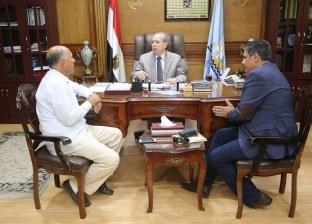 """بدء تنفيذ قرارات شركة نقل الكهرباء بشأن خط """"أبوقير - بدر"""" بكفر الشيخ"""