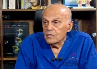"""""""رسالة من القلب"""".. الدكتور مجدي يعقوب يوجه نصائح للمواطنين بسبب كورونا"""