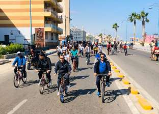 صور.. انطلاق ماراثون دراجات جامعة مطروح احتفالا بذكرى انتصارات أكتوبر