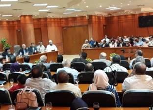 محافظ بورسعيد يشكر أجهزة الأمن على الأداء المتميز خلال العيد