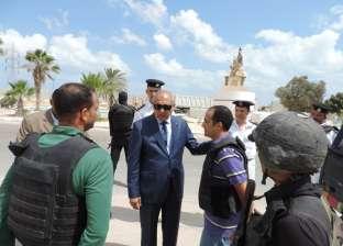 أمن مطروح يفحص 42 عاملا في القرى السياحية بالساحل الشمالي