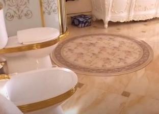 مفاجأة في اقتحام منزل متهم روسي.. الشرطة عثرت على مرحاض من الذهب (صور)