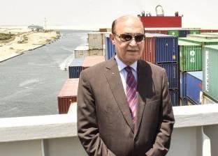 مهاب مميش ينفي منع مرور السفن القطرية في قناة السويس