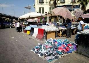 ركود فى أسواق الملابس الشتوية.. والمواطنون يبحثون عن الأقل سعراً بعيداً عن الجودة.. وأصحاب المحلات: «الناس مفلسة»