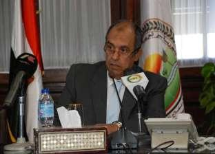 وزير الزراعة يُشكل لجنة للإشراف على عمليات تسويق القطن التجاري