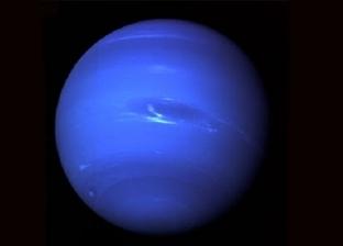 كوكب نبتون في وضع التقابل مع الأرض خلال ساعات
