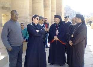 وفد كنسي يزور المعالم السياحية والأثرية في أسوان