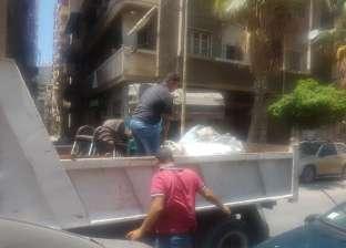 """حملة لرفع الإشغالات بـ""""باب شرق"""" وسط الإسكندرية"""