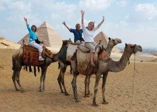 """""""السياحة"""": نستهدف جذب 9 ملايين سائح وزيادة الإيرادات 15% عن 2017"""