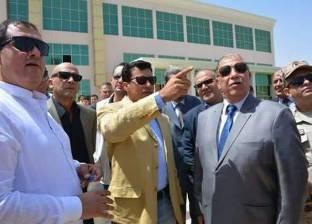 وزير الشباب يتفقد الأعمال النهائية للفرع الجديد للنادي الإسماعيلي
