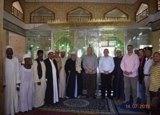 """وزير الري يزور ضريح """"الشاذلي"""" بالبحر الأحمر: أحد أهم المزارات الدينية"""