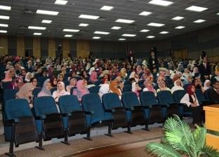 ندوة لطلبة الكليات الطبية الجدد بجامعة الإسكندرية لشرح مميزات الدراسة