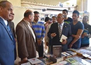 افتتاح معرض الكتاب بكلية الطب البيطري بجامعة مدينة السادات
