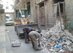بالصور| حملة لرفع المخلفات والأتربة بحي وسط الإسكندرية