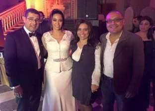 يسري الفخراني ينشر الصورة الأولى لحفل زفاف داليا البحيري