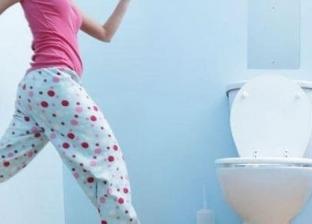"""سيدة تتسبب في تعطل رحلة طيران 7 ساعات للبحث عن """"باب الحمام"""""""